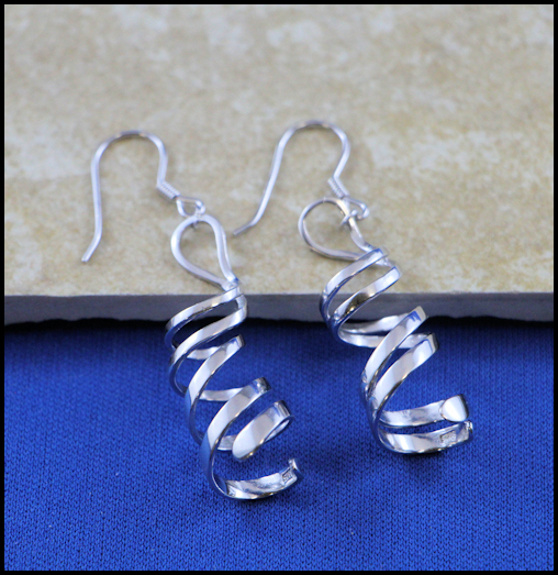 DNA Earrings Pendant Mug